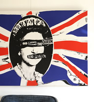 GOD SAVE THE QUEEN - Canvas